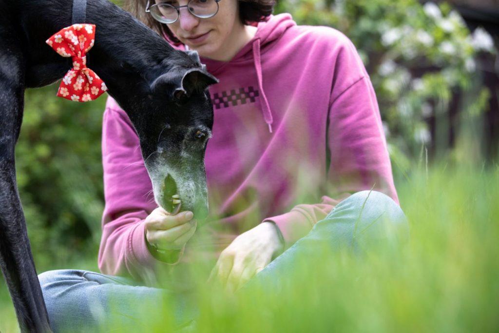 foto hond en baasje